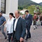thumbs 10021 Geburtstagsfeier von Ehrenmitglied und Fahnenpatin Luise Niedermayr und Bezirksmajor Sepp Kaser