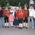 thumbs 10058 Geburtstagsfeier von Ehrenmitglied und Fahnenpatin Luise Niedermayr und Bezirksmajor Sepp Kaser