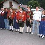 thumbs 10059 Geburtstagsfeier von Ehrenmitglied und Fahnenpatin Luise Niedermayr und Bezirksmajor Sepp Kaser