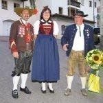 thumbs 10063 Geburtstagsfeier von Ehrenmitglied und Fahnenpatin Luise Niedermayr und Bezirksmajor Sepp Kaser