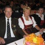 thumbs 10082 Geburtstagsfeier von Ehrenmitglied und Fahnenpatin Luise Niedermayr und Bezirksmajor Sepp Kaser