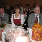 thumbs 10084 Geburtstagsfeier von Ehrenmitglied und Fahnenpatin Luise Niedermayr und Bezirksmajor Sepp Kaser