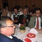 thumbs 10085 Geburtstagsfeier von Ehrenmitglied und Fahnenpatin Luise Niedermayr und Bezirksmajor Sepp Kaser